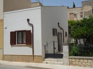 Appartamenti CVC 'Anna' Loc. Tur. da Privati  a 20 km da San Vito Lo Capo