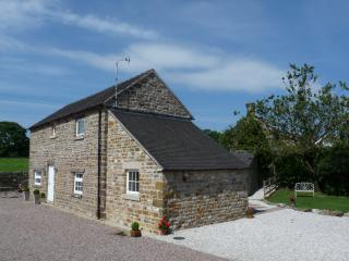 Fenns Barn, Fenns Farm accommodation Peak District, Manifold Valley