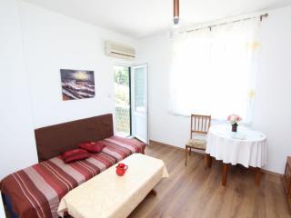 DINA Two-Bedroom Apartment, Rovinj
