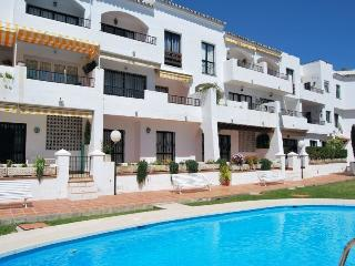 AP194 Well decorated pretty apartmen, Nerja