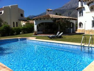 Villa Tres Hermanas, Altea la Vella