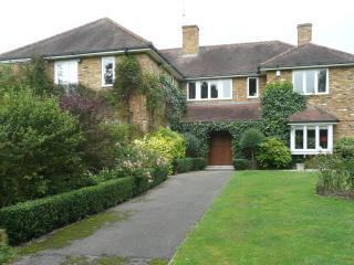 Spinney House, Bracknell