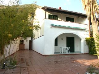 Villa Ada, San Mauro Cilento