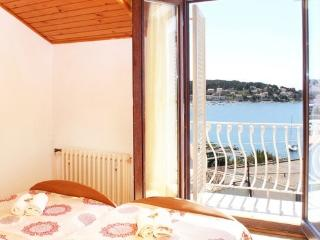 Apartment Lusic 3, Hvar