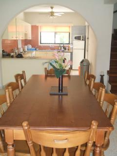 Dinning Area & Kitchen