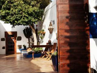 main courtyard / Patio - entrance to CASA HIBISCO