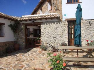 Casa Rural de 89 m2 de 3 dormitorios en Castril De, Castril De La Pena