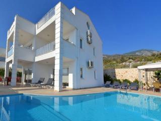 Holiday villa in kisla / Kalkan ,sleeps 08: 086- E