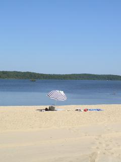 Beach at the lake, ideal for young children and watersports