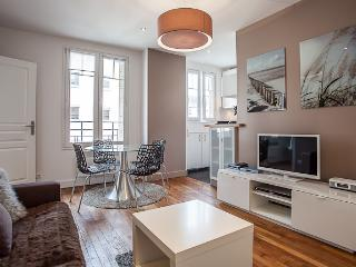 NICE FLAT SOUTH OF PARIS, Issy-les-Moulineaux
