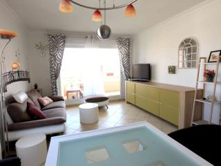 Lovely 3 bedroom flat, ideal for students, Juan-les-Pins