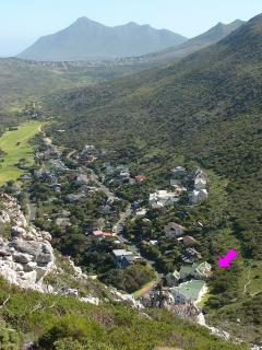 Easy hiking paths - Position of Villa show with arrow, golf course in the back ground on left