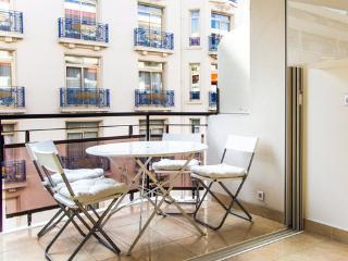 DREAM BECOMES TRUTH AT LUXURY FLAT CANNES CROISETT