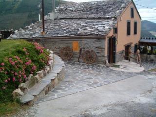 CASAS FERMIN (VIVIENDA VACACIONAL)
