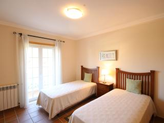 Perfect self catering 2 bed.apartment!, Caldas da Rainha