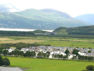 Glan Gors viewed from upper Harlech.