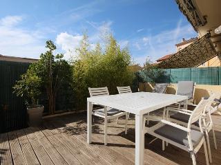 2 Pieces Centre Cannes avec terrasse de 30m2