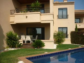 5* Apartments with Private Pool and/or Hot Tub, Luz