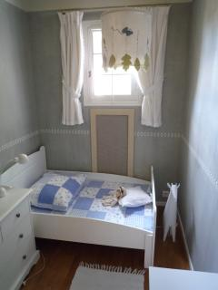 Small Bedroom Kid 1-6 yrs.