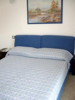 Double room with large wardrobe, safe and air conditioning