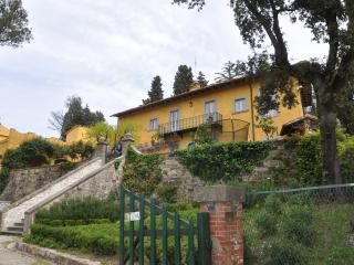 Villa di Campolungo Agriturism: Charming B&B in the Tuscan hills of Fiesole