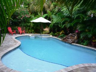 Luxury 3 Bedrooms/3 Full Baths, Private Heated Pool with Waterfall, Beach