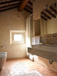 Bathroom, Villa di Campolungo Agriturismo, Fiesole, Tuscany