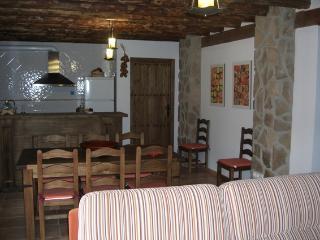 Casa Rural de 3 habitaciones en Castril De La Peña, Castril De La Pena