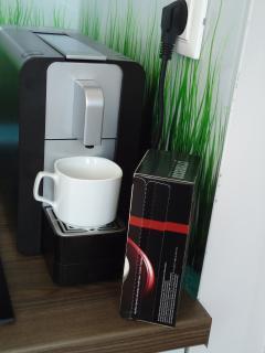 Espresso machine (free pads)