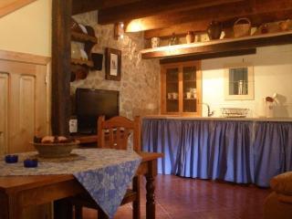 Casa Rural de 1 dormitorio en Ampudia