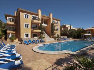 Cala San Vicente pool apt 525