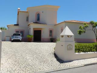 Casa Oleander, luxury villa near golf course, Carvoeiro
