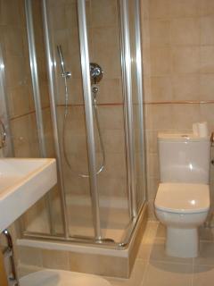 Segundo baño con ducha