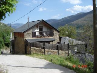 Casa Rural de 100 m2 para 8 personas, cuatro dormi