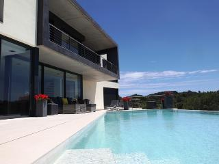 Luxury villa with infinity pool and fantastic views in Lloret de mar