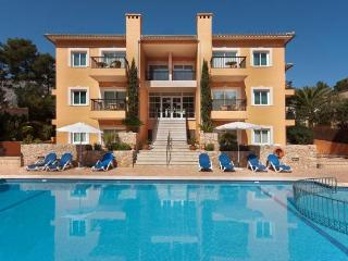 Cala san Vicente pool apt 537