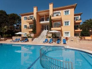 Cala San Vicente pool apt 528