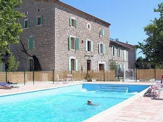 Canaules, French holiday gites with pool (sleeps 2, Canaules-et-Argentieres