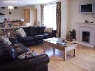 Crowthorne sitting room