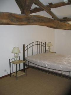 Upstairs bedrooms - traditional oak beams