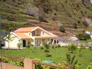 Villa Atlantic Nature Garden, Ponta do Sol
