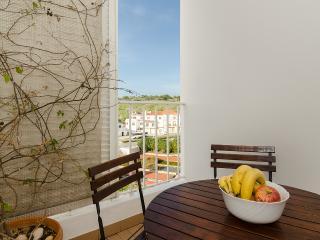 Fountain Apartment - AL 2704