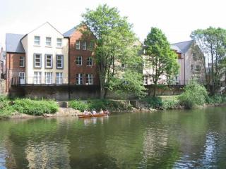 Durham Riverside Apartment - Kingsgate Bridge View