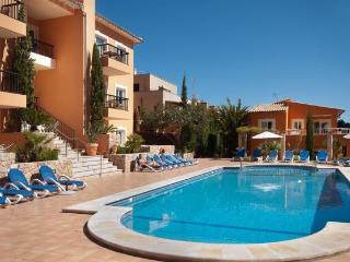 Cala san Vicente pool apt 534