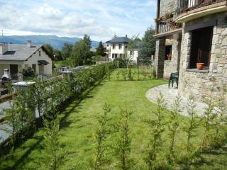 Appartement neuf avec jardin et vue sur mer à Osséja, Osseja