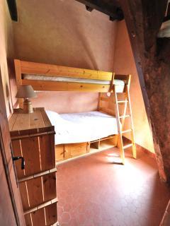 La Tourelle gite - Tourelle dovecote bedrooms