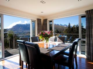 White Peaks Villa...Location , Luxury & Fun