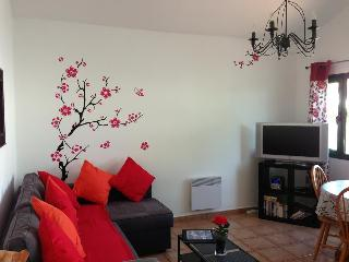 Lounge after redecoration pic 1