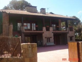 Casas rurales de 2 a 34 plazas con piscina, Robledo de Chavela