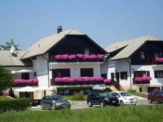 Etno garden apartment H3, Plitvica